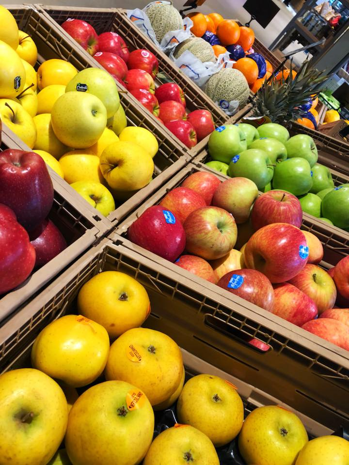 La frutta sempre fresca presso la Bottega