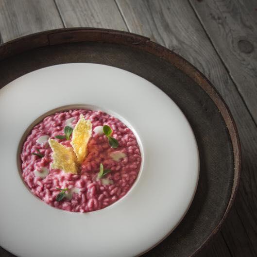 Riso rosso preparato dai nostri chef